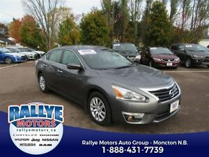 2014 Nissan Altima S! Back-Up! ONLY 48K! Trade-In! Save!