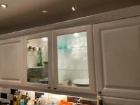 11 high quality, white gloss kitchen unit cupboard front doors and 6 drawers plus extras