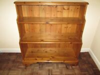 Bookcase - Solid Pine made by Ducal
