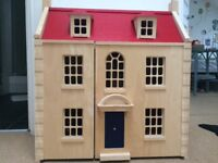 Pintoy Marlborough Wooden Dolls House plus furniture & Dolls VGC