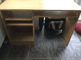 Computer desk / table