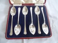 Walker & Hall Sheffield Silver Plate Grapefruit Spoons circa 1952