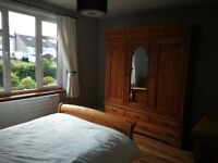 Room to rent in a quiet spacious house.