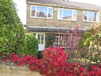 Excellent Room, Great View, Fine Facilities, Laundry Room, Lounge etc to rent in Private House Share