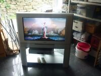 "Toshiba 32Z33B2 32"" widescreen CRT TV with Samsung DVD / Video player & record"