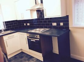 LEEDS 27 ( MORLEY ) NEW REFURBISHED 1 bed House (Upstairs/downstairs) 5min to M1/M621/M62 Whiterose
