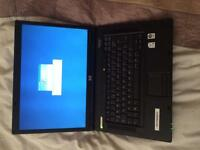 1laptop HP 1thinkpad IBM