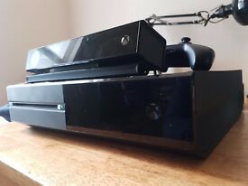 Xbox one 500gb. Kinect + Halo