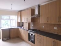 3 BEDROOM TERRACE HOUSE IN CHESHUNT - PART DSS WELCOME WITH A GUARANTOR