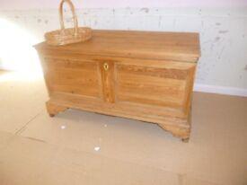 chest/trunk soild wood