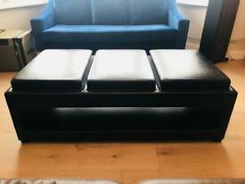 Leather three seaters/Wood coffee table