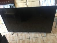 "Hitachi 55 "" smart led tv mint condition £300"