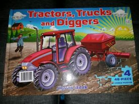 Tractor Jigsaw Book (New)