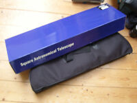 TELESCOPE. Astronomical Telescope, 700x60 with carry case, tripod + accessories.