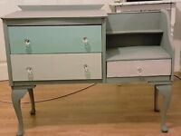 Beautiful Shabby Chic chest/dressing table/desk