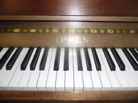 upright piano by rippen