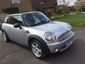 Mini Cooper 1,6 Silver Hatchback, Automatic