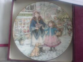 NSPCC Christmas plate Royal Worcester 1991 mint with box etc.