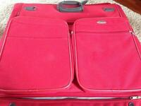 Samsonite Travel. Suitcase combined suit /dress carrier