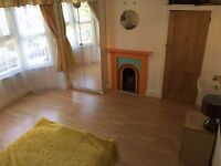 Double Room Available in Excellent Location for non smoking,tidy,single person–no couples