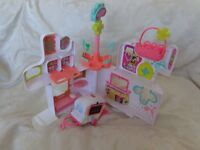 LITTLEST PET SHOP RESCUE TAILS CENTRE HOUSE HOSPITAL LIGHT UP AMBULANCE