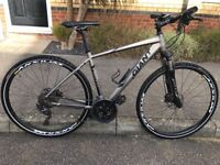 Giant Roam 0 Man's Bicycle upgrades, excellent condition
