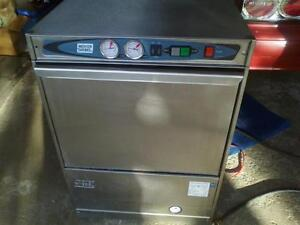 MOYER DIEBEL UNDER-COUNTER COMMERCIAL DISHWASHER