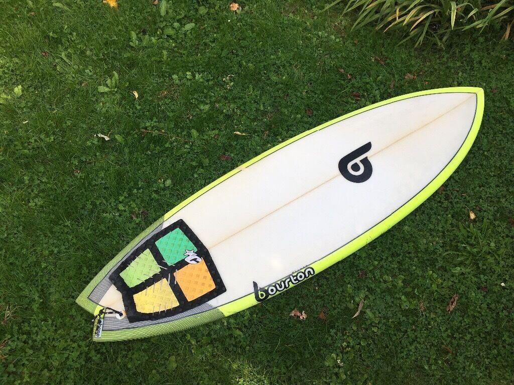 "Surfboard 5'4"" Bourton (+ set of quad FCS fins)"