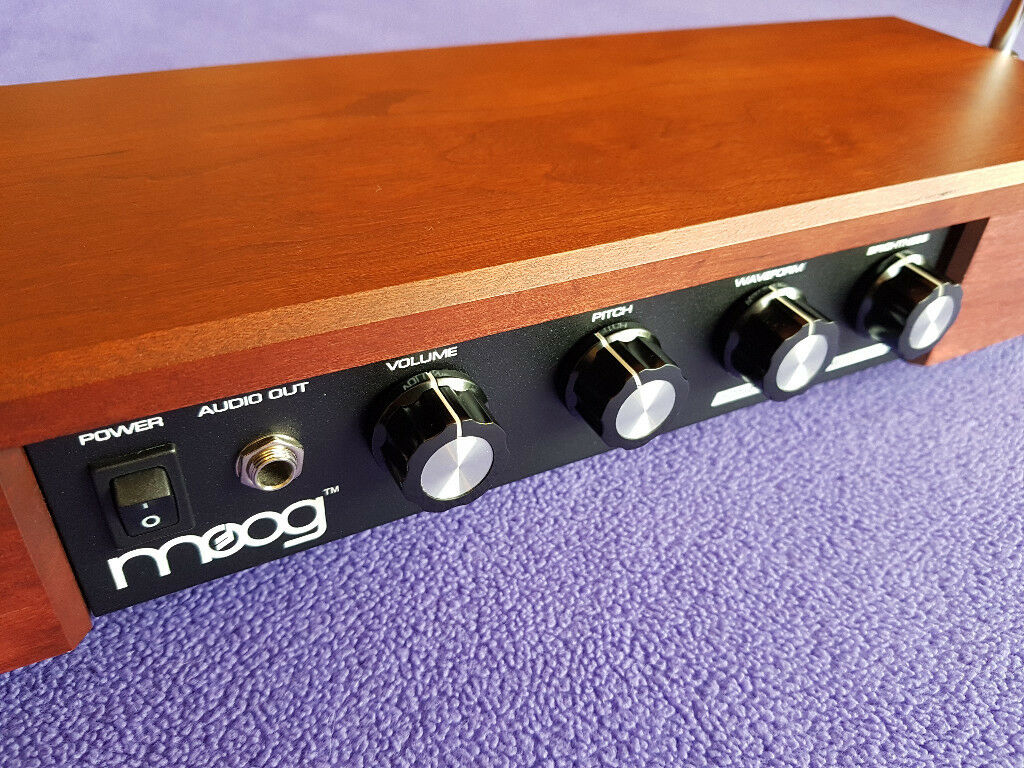 Moog Etherwave Theremin Standard in a Cherry finish – as new condition | in  Crediton, Devon | Gumtree