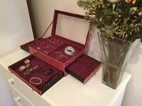 JEWELLERY / COLLEEN 'EVERYTHING' BOX