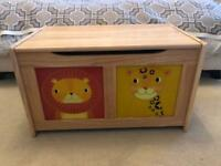 Children's animal toy box chest