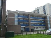 3 bedroom flat ready to rent Poynter Court - in Northolt - Near Greenford, Ealing