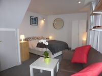 Studio flat to rent in St Pauls/Montpellier. 151 pounds per week. Bills not included.