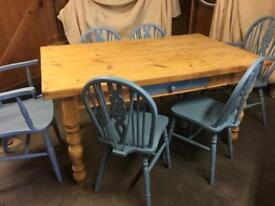 Solid Pine Table and 6 Chairs (2 x Carvers)