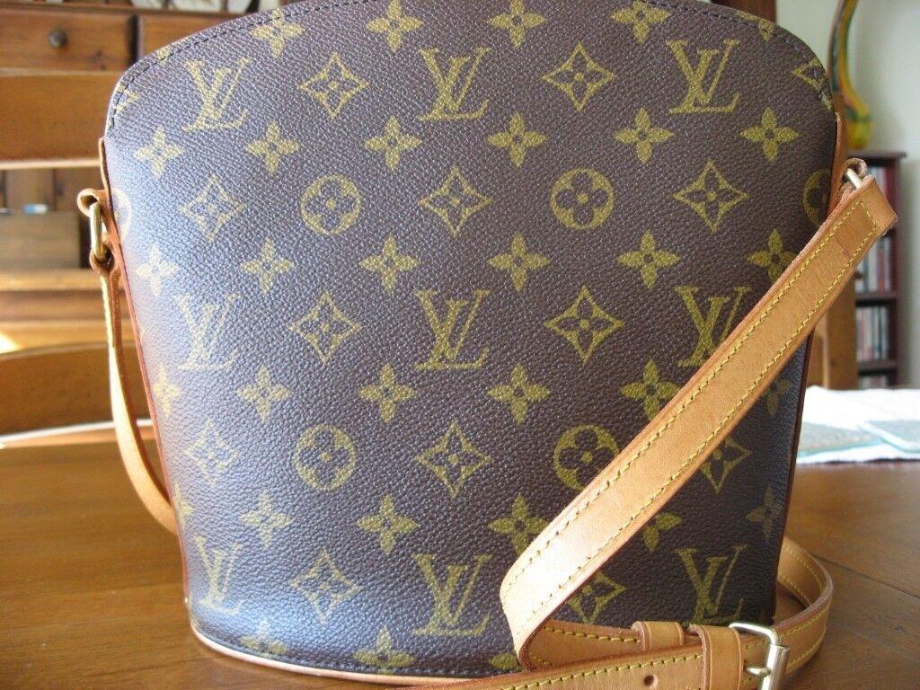 f1f1e36afa4f Louis Vuitton Drouot Bag