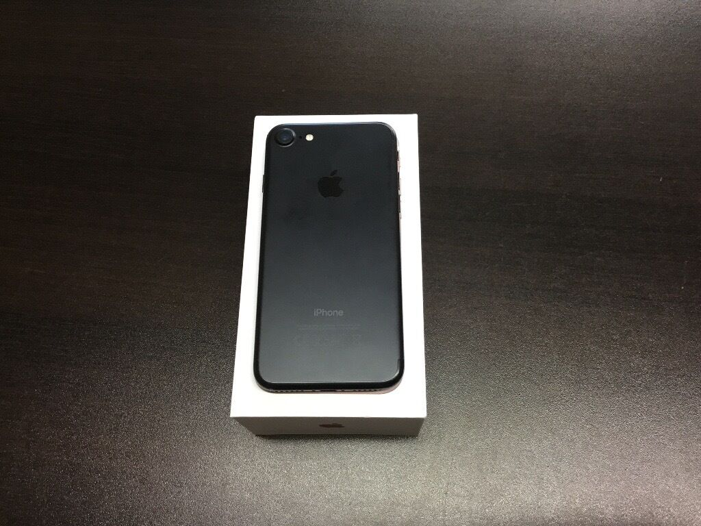 Iphone 7 128gb unlocked good condition with apple warranty and accessoriesin Acocks Green, West MidlandsGumtree - Iphone 7 128gb unlocked good condition with apple warranty and accessories Buy with confidence from a phone shop Fone squad 35 Warwick road Solihull B92 7HS 0121 707 1234 If using sat Nav only put post code in not door number Open Monday to Saturday...
