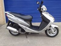 IMMACULATE 2011 SYM VS125 125CC SCOOTER , FULLY HPI CLEAR 12 MONTHS MOT