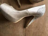 Ladies wedding shoes size 6