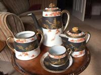 Beautiful Oriental Tea Set with 6 cups and saucers