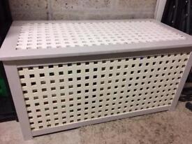 Ikea hold storage box table