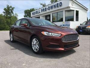 2015 Ford Fusion SE  *1-owner  Only 22k  Navigation