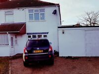 EXTRA LARGE 4 BED SEMI-DETACHED HSE, THRU-LOUNGE, SPACIOUS KITCHEN, BATHROOM, GOOD CONDITION