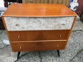 Attractive Vintage Retro 1950's Veneer & Formica Chest of 3 Drawers/Dressing Table