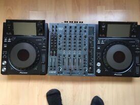 Pioneer CDJ XDJ 1000 mk1 & Allen & Heath Xone 92 mixer, DJ DECKS