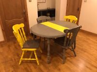 WICKED - Real wood dining table and 4 chairs in grey and yellow
