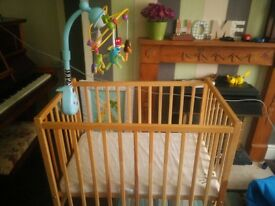 Baby cot plus mobile