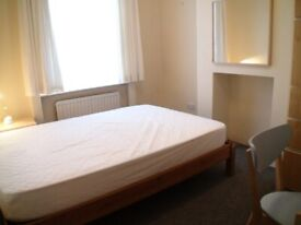 Impressive Double Room For Rent in Friendly Houseshare near East Croydon Station