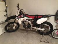 Yamaha YZ450F -2011 like new