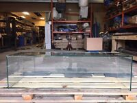 Glass cabinet/shelf/enclosure