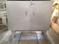 Powder coating oven, gun and powder